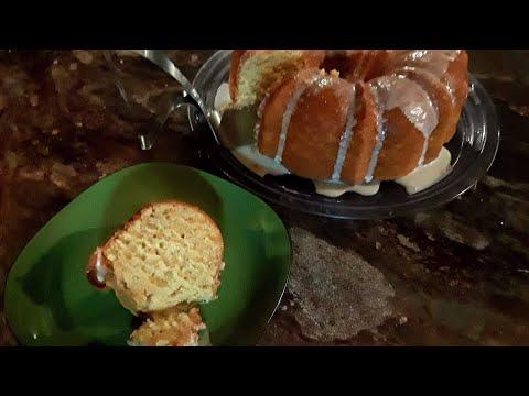 Brown Sugar n' Cream Cheese Pound Cake Cooking Tutorial