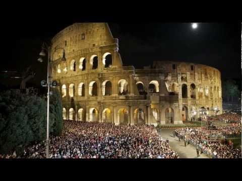 FOTO: Droga Krzyżowa, Koloseum - Rzym (2012)