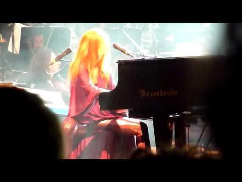 Tori Amos & Metropole Orkest - Precious Things & thanks