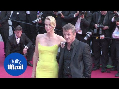In happier times: Charlize Theron and Sean Penn at Cannes - Daily Mail