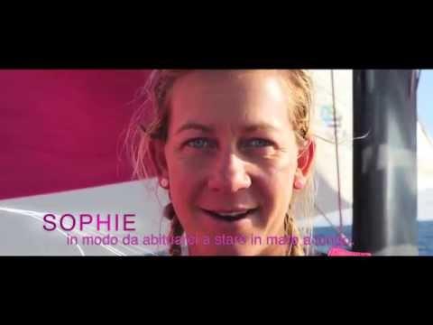 Ecco come le ragazze del team SCA hanno affrontato la preparazione fisica e psicologica necessaria per partecipare alla regata più difficile del mondo. Segui con noi la fantastica avventura delle ragazze del Team Sca nella Volvo Ocean Race 2014/2015.  Facebook: https://www.facebook.com/Nuvenia Twitter: https://twitter.com/nuvenia