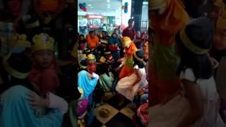 Video Suasana Ulang tahun di KFC Plaza Depok Margonda download MP3, 3GP, MP4, WEBM, AVI, FLV Februari 2018
