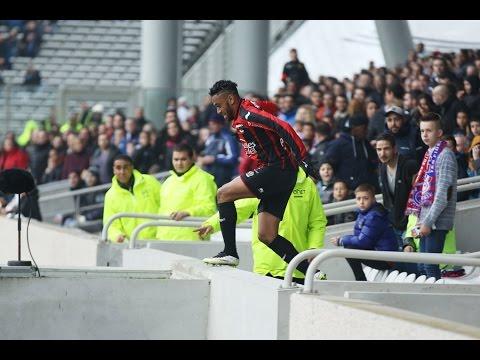 Lyon 1-2 Nice : l'incroyable saut d'Amavi en tribune !