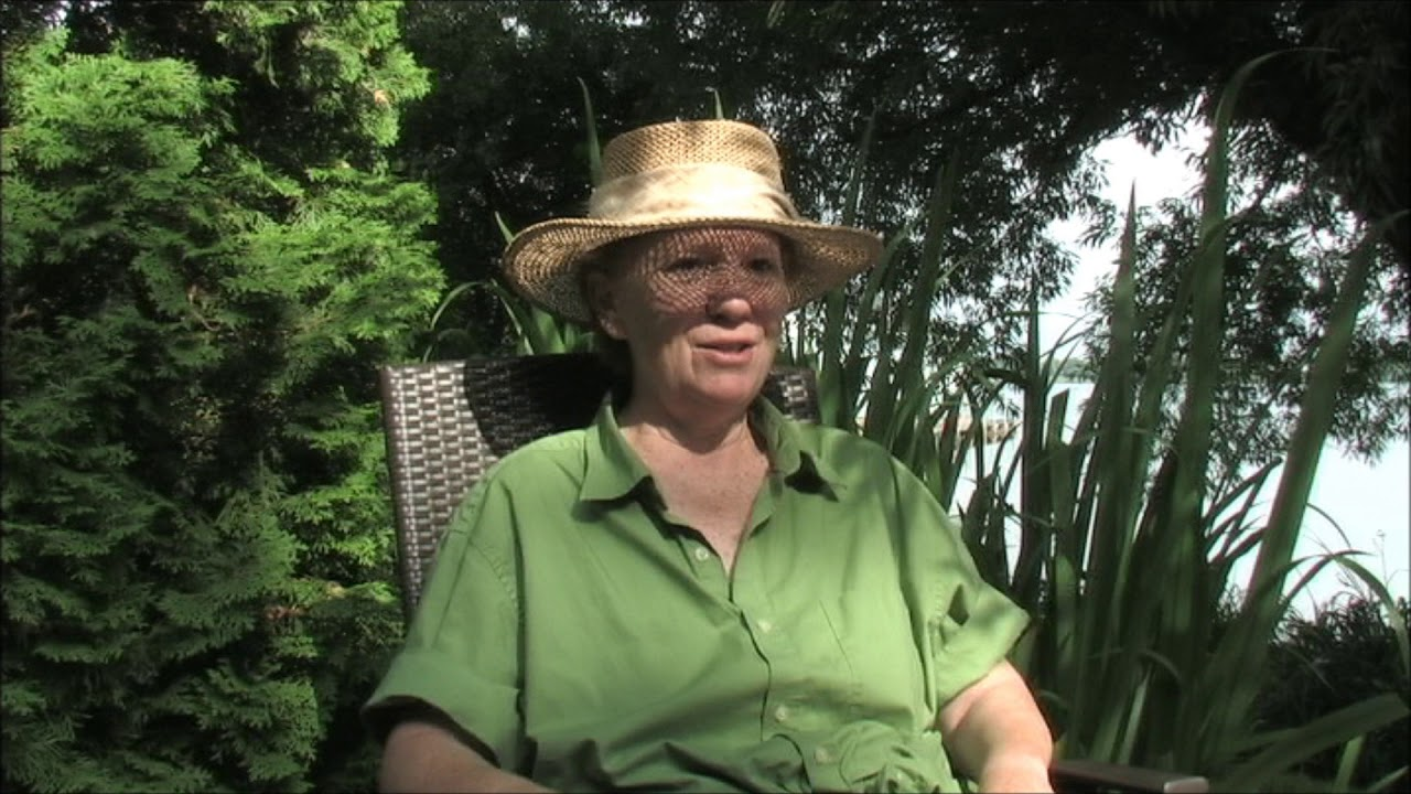 Marlene la jardinière... - YouTube