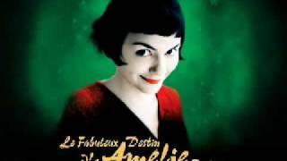 Amélie  - J