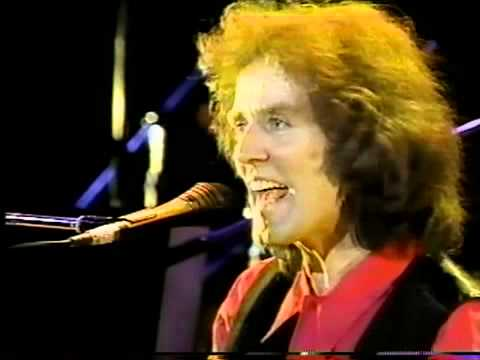 Gilbert O'Sullivan - Hold On To What You Got (Live)