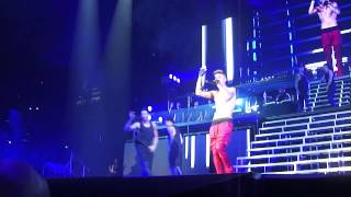 Justin Bieber Brisbane 27 November 2013 - Boyfriend introduction , FIRST ROW