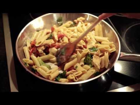 Cómo hacer Pasta Penne con Pollo en 30 minutos | Que Rica Vida