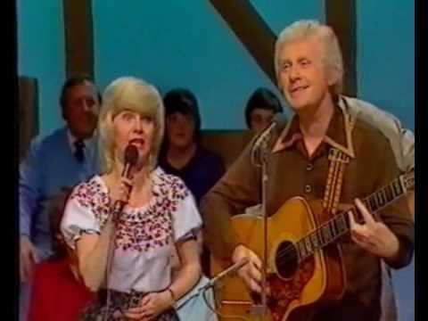 "Joe Gordon and Sally Logan sing ""The Rose of Allandale"""