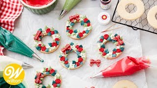 How to Make Buttercream Wreath Christmas Cookies | Wilton