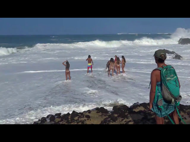 Big Waves at Lumahai Beach in Kauai