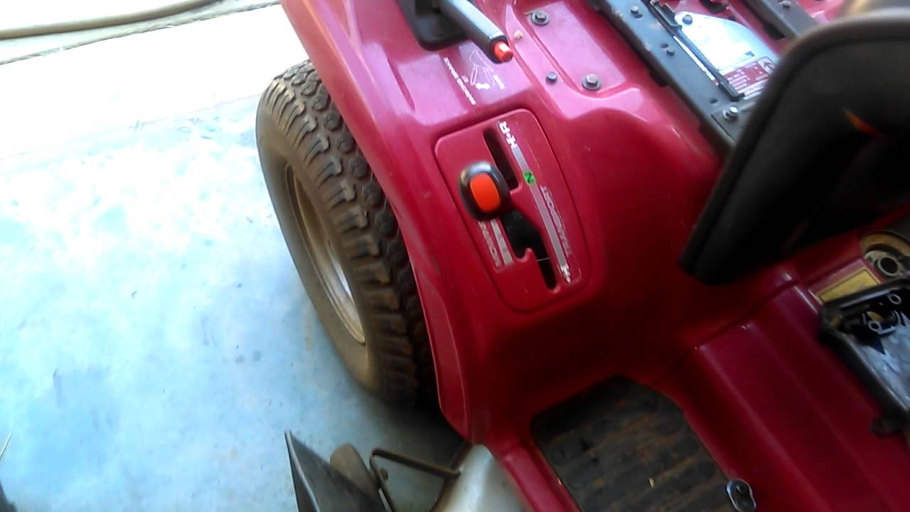 How to change the hydrostatic transmission fluid in a Honda 4518 riding  mower by Cummins Freak01