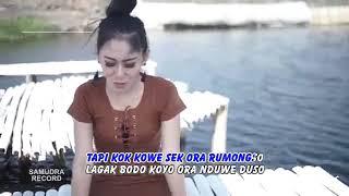 Vita Alvia-Ndang Minggato (Despacito Jawa)