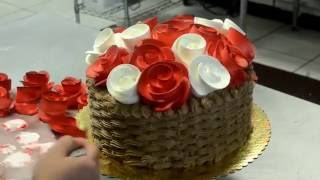 Украшение тортов | Украшение торта цветы в корзине розами из крема