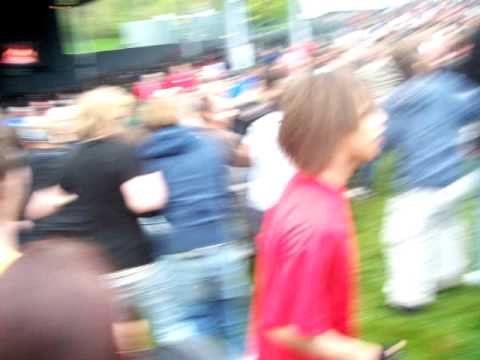MOSH AT AVENGED SEVENFOLD. DTE ENERGY MUSIC THEATRE CLARKSTON MICHIGAN.