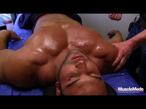 Nick Trigili\'s Chest Muscle\'s Expand!!!!