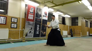 kihon tsuki happo tatte boken/ sword [TUTORIAL] basic Aikido weapon technique 合気剣 合気剣