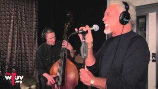 "Tom Jones - ""Traveling Shoes"" (Live at WFUV)"