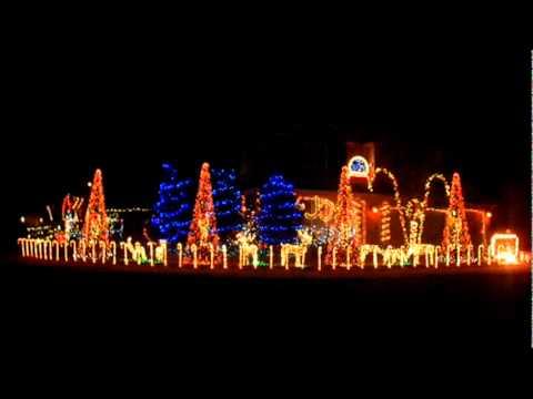 Cadger Dubstep Christmas Lights House  First Of The Year Equinox  Skrillex