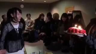 藤江れいな(れいにゃん)誕生日にメンバーがサプライズ! 吉田朱里、太...