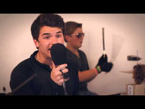 Robin Thicke - Blurred Lines (cover)  von Tagen Brothers