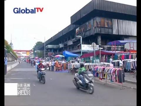 Rp 10 Ribu Dapat 4 Baju, Pedagang Pasar Senen Banting Harga - BIS 26/01