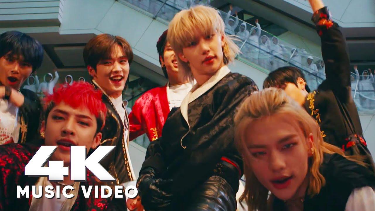 "[ULTRA SMOOTH] Stray Kids ""Back Door"" MV"