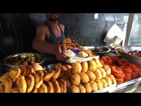 Street life in Kolkata