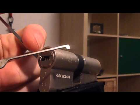 Взлом отмычками Tesa T60  TESA T60 Euro Profile Cylinder Picked (Lockpicking a Tesa T60 euro profile dimple cylinder. It is a regular 6 pin cylinder. The pins have to