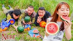 Pretty Girl Nerf War: Captain SEAL Girl Nerf Guns Robber Group Watermelon Fruit Battle