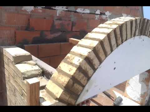 Construccion barbacoa con arco reducido youtube for Arcos de ladrillo visto