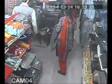 Women thieves in Delhi CCTV video - 24th Mar 14