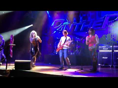 Fan plays with Steel Panther on Stage - 17 girls in a row @ House of Blues Las Vegas