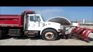2001 International 4700 dump truck for sale | sold at auction October 8, 2015