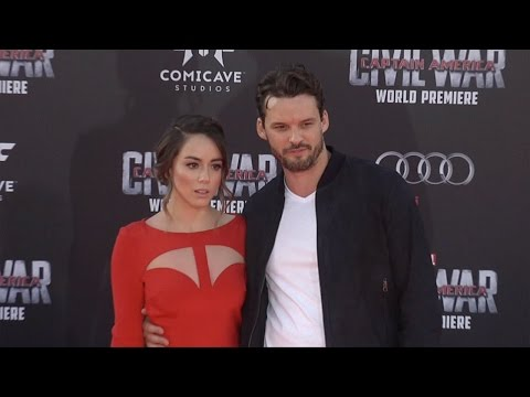 "Chloe Bennet & Austin Nichols ""Captain America: Civil War"" World Premiere Red Carpet Fashion Broll"