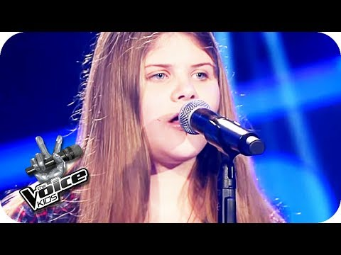 Gabrielle Aplin - Salvation (Leonie) | The Voice Kids 2017 (Germany) | Blind Auditions | SAT.1