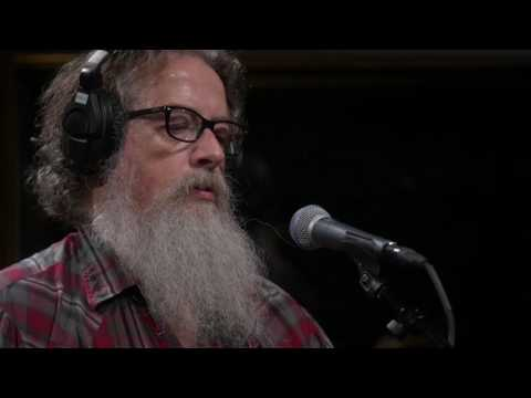 Wussy - Hello, I'm A Ghost (Live on KEXP)