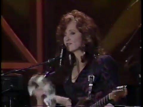 Bonnie Raitt - Have A Heart - Tonight Show 1-26-1990