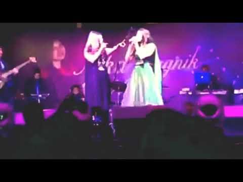 Kehdona Kehdona You Are My Sonia|Kabhi Khushi Kabhi Gham|Alka Yagnik Live