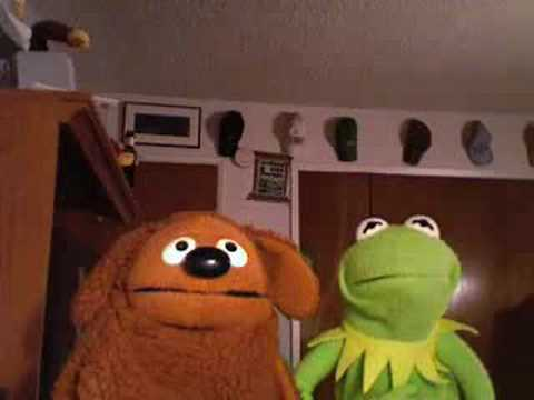 Kermit The Frog's Reaction to 2 girls 1 cup Pt.2 - YouTube