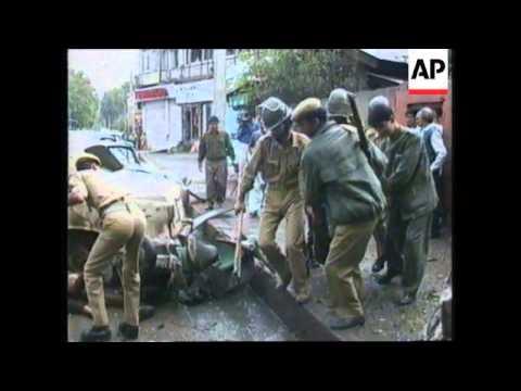 INDIA: SRINAGAR: 10 KILLED AND MANY INJURED IN BOMB EXPLOSION