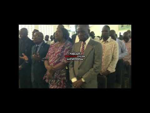 UDPS Valentin Mubake à l'église Notre Dame d'Afrique pour la Messe en mémoire d'Étienne Tshisekedi W