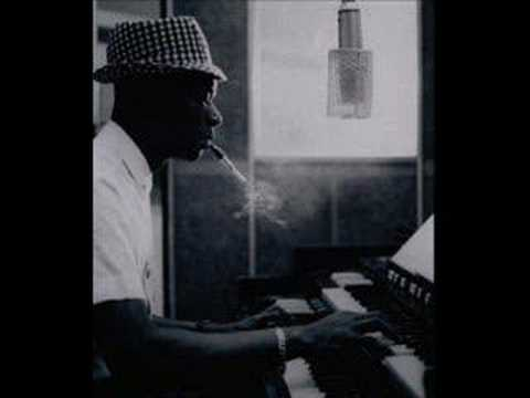 Nat King Cole - I love you for sentimental reasons