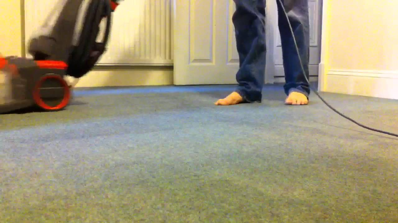 Testing the Vax Carpet Cleaner