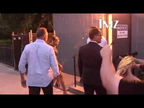 Jay-Z afasta fã de Beyoncé