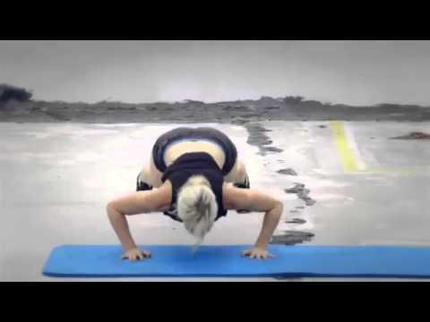 Zuzana Light ZWOW 28 AMRAP Bodyweight Bombshell YouTube ...