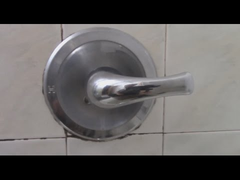 How To Fix A Leaking Single Handle Bathtub Faucet Quick And Easy - Bathroom tub faucet leaking