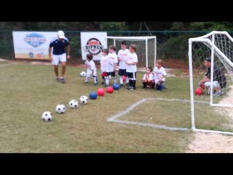 Soccer (5-6 yrs):   Fundamentals of Scoring Demonstration