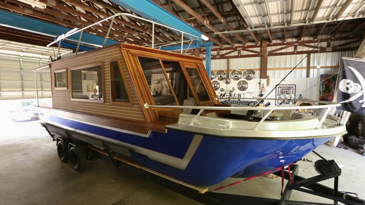 This Houseboat Delivers Quality Family Time