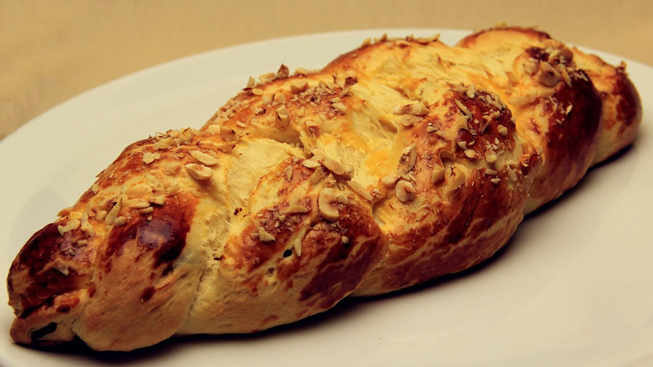 Sweet raisin tsoureki recipe turkish easter bread youtube forumfinder Choice Image